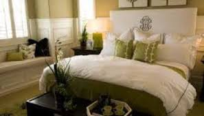 how to make your guest bedroom look like a hotel suite