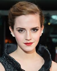 pixie haircut stories emma watson s hairstylist on her short hair stylecaster