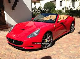 Ferrari California Convertible - ferrari convertible wallpaper 1600x1200 9097