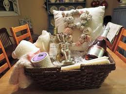 bridal shower basket ideas creative bridal shower gifts ideas that to be will