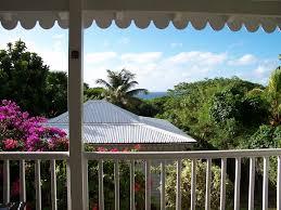 chambres d hotes guadeloupe superbe bungalow la désirade vue mer à françois