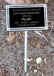 outdoor memorial plaques tree dedication plaque