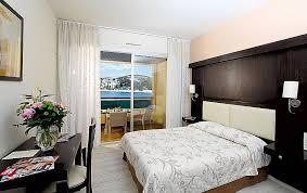 chambres d hotes bandol var chambre d hotes bandol unique golf hotel sur la plage de bandol site