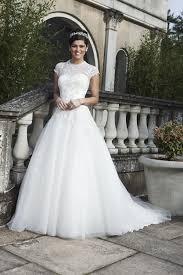 hochzeit 2013 brautkleider mit spitze cosmopolitan - Hochzeit Brautkleid