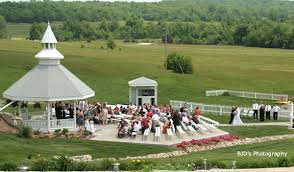 outdoor wedding venues kansas city weddings at meadowview gardens and they said i do