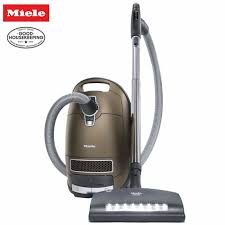 miele vaccum cleaners miele brilliant complete c3 canister vacuum cleaner vcm