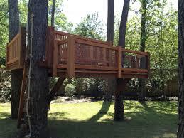 custom treehouse treehouse decks and tree based playset designs