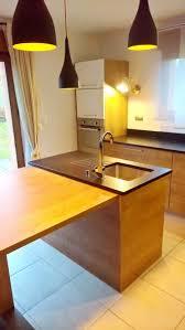cuisine orange et noir mariage bois et granit dans votre cuisine granit andré