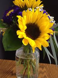 Centerpieces With Sunflowers by Mason Jar Centerpieces Sunflowers Mason Jar Centerpieces With