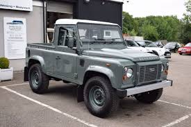 land rover wolf 2014 land rover defender td pick up 21 990