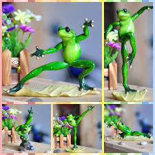 Frog Desk Accessories Free Shipping Frog Figures Resin Toys Big And Baby Bruce