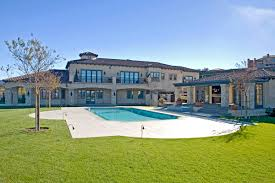 Calabasas Ca Celebrity Homes by Britney Spears Reportedly New Mansion Homes Of The Rich