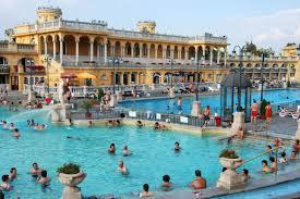 bagno termale e piscina széchenyi budapest la città delle mille e una spa unadonna