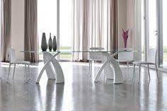 tavoli di cristallo sala da pranzo tonin big eliseo tavolo con vetro temperato sagomato e basi in