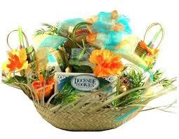 Beach Themed Gifts The 25 Best Beach Gift Baskets Ideas On Pinterest Beach Basket
