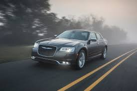 2017 chrysler 300 reviews and rating motor trend