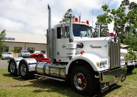 w series kenworth historic trucks last of the chrome bumpers 2010 and traf trucks