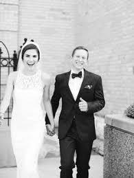 Milwaukee Photographers Milwaukee Wedding Photographer Intimate Small Wedding Downtown