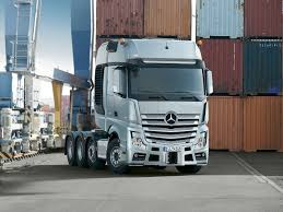 mercedes truck 2013 the mercedes actros slt can haul 250 tons of anything