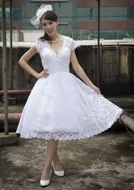 retro wedding dress here are 22 affordable retro inspired wedding dresses that won t