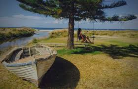 Luxury Holiday Homes Dunsborough halcyon bay dunsborough beach front accommodation