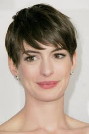 short hairstyles for women with thick hair 2017 creative