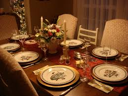 elegant christmas dinner table decorations ideas with simple
