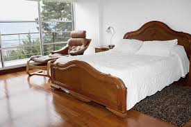 What To Look For In Laminate Flooring Laminate Flooring In Bedrooms