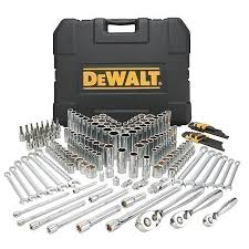 dewalt drill black friday sears dewalt 204 piece mechanics tool set 124 99 less than