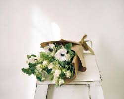 gem fleuriste stunning nyc based florist apartment therapy