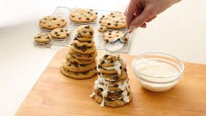 how to make holiday tree cookie stacks bettycrocker com