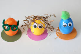 Decorate Easter Eggs Decorating Easter Eggs Egg People So Festive