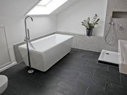 badezimmer schiefer fliesen schwarzer schiefer badezimmer badezimmer