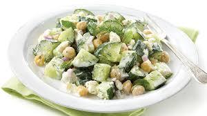 cuisiner concombre salade de concombres fraîche recettes iga