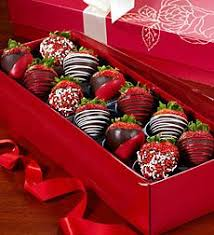 gift boxes for chocolate covered strawberries best 25 chocolate coated strawberries ideas on used