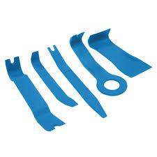 nissan qashqai headlight bulb halfords trim removal tools machine mart