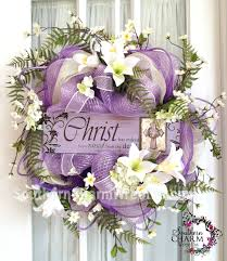 how to make easter wreaths he has risen easter deco mesh wreath by www southerncharmwreaths