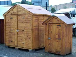 um and small garden sheds