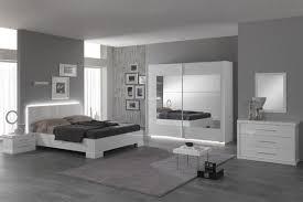 chambre a coucher gris et best chambre grise et blanc moderne pictures design trends 2017