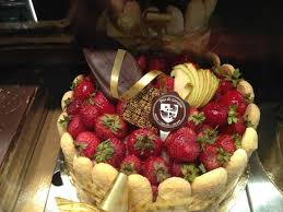cuisine de lorraine strawberry cake with fingers picture of duc de lorraine
