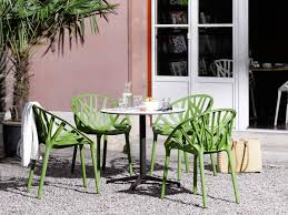 round bistro table outdoor buy the vitra bistro table round at nest co uk