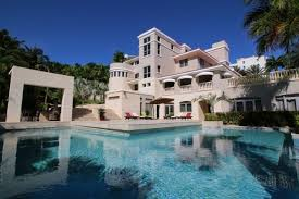 cheap mansions for sale 11 mansions you can rent for a dirt cheap vacation simplemost