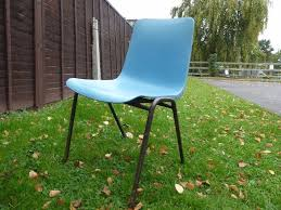 Cheap Plastic Stackable Chairs by Plastic Stacking Chairs Cheap And In Moderate Condition In
