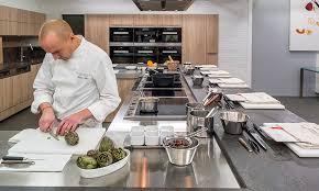cours de cuisine ducasse ecole de cuisine alain ducasse a vos ustensiles is