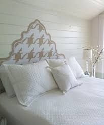 Ideas For Apartment Walls To Decorate And Personalize A Rental Apartment