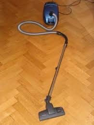 black automatic vacuum for hardwood floor http lanewstalk com