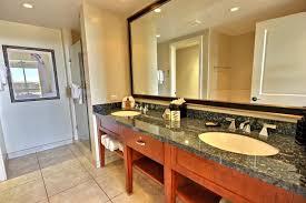 Large Bathroom Vanity Mirror by Large Bathroom Vanity Mirrors Create Magical Illusion With Large