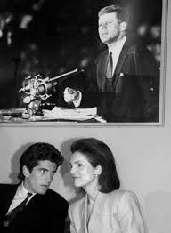 Jackie Kennedy White House Restoration Jacqueline Kennedy Onassis Biography U0026 Facts Britannica Com