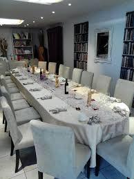 cuisiner pour 20 personnes table de fête pour 20 personnes photo de restaurant les templiers