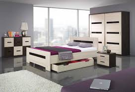 Ideas Very Small Bedrooms Very Small Bedroom Design Ideas Black Fur Rugs On W Black White